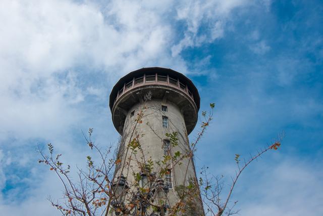 水の塔.jpg